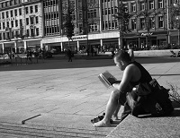 Reading in the Market Square - Credit: Late Summer #2 by DncnH, 2010, licensed under CC BY 2.0