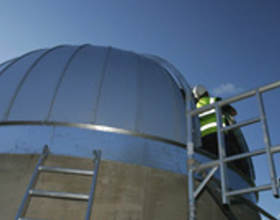 Observatory construction October 2006 installing dome roof